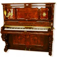 4 Front Piano